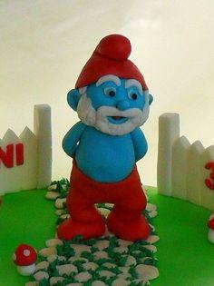 Papa Smurf fondant cake topper