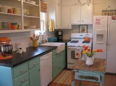 Another small kitchen! Love the colors!