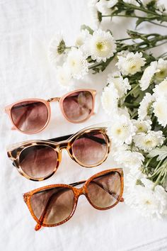 Keep your fashion on cue with these women's LC Lauren Conrad sunglasses. Round Sunglasses, Sunglasses Women, Shady Lady, Cool Summer Outfits, Street Style Summer, Lc Lauren Conrad, Fashion Lookbook, Pink Fashion, Bracelets