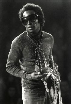 Jazz Artists, Jazz Musicians, Music Artists, Santa Monica, Miles Davis, Afro, Jazz Blues, Music Icon, Vintage Photography