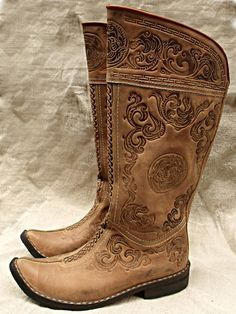 Hand made nomad boots - Leather Boots - Ideas of Leather Boots - Hand made nomad boots Leather Boots, Leather Bag, Tooled Leather, Leather Sandals, Soft Leather, Men's Shoes, Shoe Boots, Hungarian Embroidery, Leather Projects
