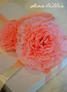 DIY: Crepe Paper Peony Flowers. These are super easy to make - and oh-so-pretty!