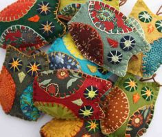 Owl+ornaments.+Retro+colours.+Set+of+3.+by+PuffinPatchwork+on+Etsy,+$22.50