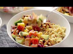 Crunchy rainbow veggies, juicy fresh mango, fluffy quinoa, chili lime cashews, and some creamy peanut dressing. Veggie Recipes, Salad Recipes, Veggie Meals, Healthy Recipes, Quinoa Salad, Quinoa Chili, Organic Quinoa, Peanut Dressing, Chili Lime