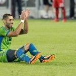 MLS: Seattle Sounders have soared up the MLS standings since signing Clint Dempsey - but how much has the former Spurs striker had to do with that? Clint Dempsey, Fulham Fc, Seattle Sounders, Jokes, Wellness, Soccer Boyfriend, Seasons, Running, Sports