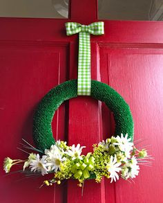 turf spring wreath - great idea for spring - where do I get artificial turf??