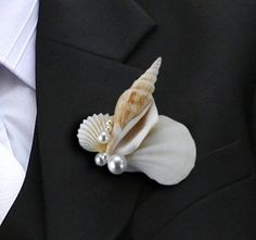 This fun seashell boutonniere is a perfect accent for the groom's or groomsmen's jacket at a beach-themed, destination themed wedding or seashell wedding. Our boutonniere is made from real shells with white pearls and has a pin in the back. Beach Wedding Groom, Seaside Wedding, Nautical Wedding, Destination Wedding, Dream Wedding, Nautical Cake, Wedding Summer, Beach Weddings, Wedding Hair