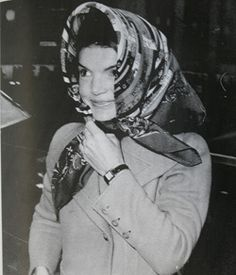 Jackie Kennedy a #headscarf style icon. | More here: http://mylusciouslife.com/style-icon-jackie-bouvier-kennedy-onassis/