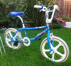 """Went retro with this one even thought the down tube does's have the iconic """"s"""" bend that the GT's were known for. Bought the frame and fork online and added the rest. Powder coated GT blue with custom decals. A fun build. Gt Bikes, Gt Bmx, Bmx Freestyle, Bmx Bicycle, Custom Decals, Mountain Biking, Childhood Memories, Old School, Skateboard"""