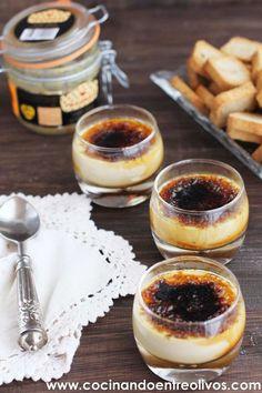Hoy os traigo un aperitivo de lujo, perfecto para cualquier celebración y muy fácil de preparar, se trata de unos Vasitos de Crema de de foie caramelizada con mermelada de higos. Un vasito lleno de c