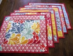 Easy Fat Quarter Placemats TUTORIAL ~ Make perfect mitered corners using a binding tool ~ The Crafty Quilter