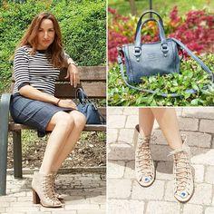 Detalles del look navy lady.. Más en el Blog   #instamoment #instapic #instablogger #instafashion #ootd #fashion #fashionista #fashionblogger #fashionblog #instafollow #lookoftheday #look #outfit #outfitoftheday #style