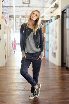 sneaker outfit - Google Search