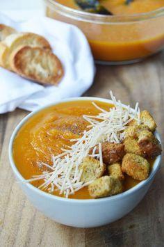 Easy Slow Cooker Butternut Squash Soup - naturally vegan & gluten-free
