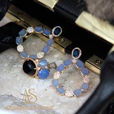 Pode ser vendido separadamente, mas o conjunto éshow, perfeito também para festas, casamentos, madrinhas  CRISTAL LONDON BLUE E PRASIOLOTA#acessoriosfemininos #acessoriosonline #acessorios #semijoiasdeluxo #instashop #instaby #lookdodia #bijoux #musthave #tendencia #ficaadica #moda #fashionista #fashion #brincos http://www.alessandraschmidt.com/pr010037-brinco-semi-joia-com-cristal-london-blue-e-prasiolita/p