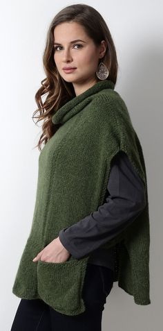Knitting Pattern for Mirna Poncho with pockets - #ad Easy beginner level poncho pattern with cowl neck and two front pockets