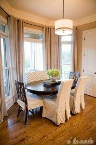 breakfast room with loveseat