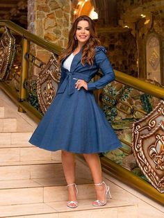 Dress And Heels, Dress Skirt, Looks Chic, Modest Outfits, Jeans Style, Chambray, Fashion Dresses, Dresses With Sleeves, Formal