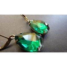 Emerald Green Earrings Teardrop Drop Vintage Estate Style Earrings (26 AUD) ❤ liked on Polyvore featuring jewelry, earrings, vintage teardrop earrings, long teardrop earrings, teardrop jewelry, long earrings and prom jewelry