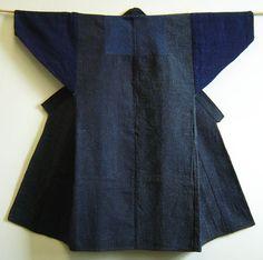 sashiko sakkuri ~ http://threads.srithreads.com/2010/05/a-magnificent-sashiko-stiched-donza-or-sakkuri/