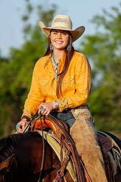 Cowgirl Look, Cowboy Girl, Cowgirl And Horse, Western Girl, Cowboy Up, Horse Girl, Country Fashion, Country Outfits, Casual Outfits