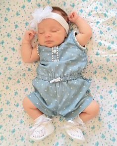 New Baby Girl Photography Clothes Ideas Erwarten Baby, Baby Kind, Baby Girl Newborn, Cute Baby Girl Photos, Cute Baby Pictures, Little Girl Outfits, Kids Outfits, Baby Outfits, Baby Girl Photography