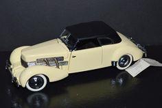 Franklin Mint 1/24 Die Cast Car 1937 Cord 812 Phaeton Coupe Convertible Cream #2