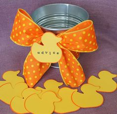 I'm so gonna make this! Too cute and super cheap to do.