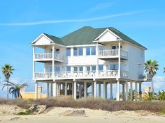1000 images about texas beach houses on pinterest for Beach house plans galveston