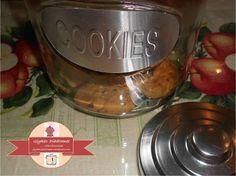 A jar with cookies / glykesdiadromes.wordpress.com Dog Bowls, Wordpress, Jar, Cookies, Crack Crackers, Biscuits, Cookie Recipes, Cookie, Jars