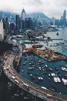 Urban landscape photography city life hong kong ideas for 2019 Beautiful World, Beautiful Places, Places To Travel, Places To Go, Magic Places, City Photography, Landscape Photography, Adventure Is Out There, Belle Photo