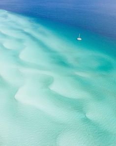 On the western side of Fraser Island there are load of fresh water creeks. This was taken just at the mouth to Wathumba Creek. Fraser Island, Sea Colour, World Images, Light Spring, Summer Colors, Best Hotels, Beautiful Images, Fresh Water, Westerns
