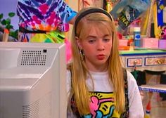 Pin for Later: 20 Fashion Lessons Every '90s Girl Learned From Clarissa Explains It All Showcase artists that may inspire you — like Keith Haring!