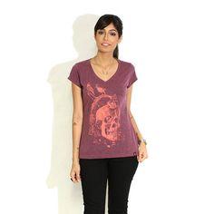 Camiseta 'Mors omnium' - Catalogo Camiseteria.com | Camisetas Camiseteria.com - Estampa, camiseta exclusiva. Faça a sua moda!