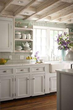 Bildergebnis für white shabby kitchen