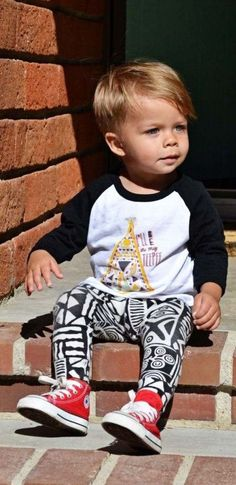 little boy leggings + baseball tee with baby converse