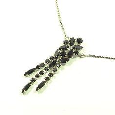 streitstones exklusive Kette mit schwarzen Swarovski Kristallen Lagerauflösung bis zu 50 % Rabatt streitstones http://www.amazon.de/dp/B00T6QLAEE/ref=cm_sw_r_pi_dp_L3X6ub07MGDDR, streitstones, Halskette, Halsketten, Kette, Ketten, neclace, bling, silver, gold, silber, Schmuck, jewelry, swarovski, fashion, accessoires, glas, glass, beads, rhinestones