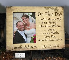 FRIEND Wedding Gift for Couple Wedding Gift by PhotoFrameCompany @omgdudektk  ooohhhh i like this idea