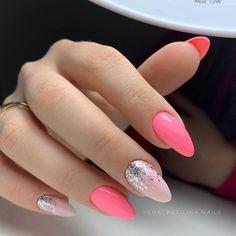 Nail art Christmas - the festive spirit on the nails. Over 70 creative ideas and tutorials - My Nails Acrylic Nails Kylie Jenner, Blue Acrylic Nails, Pink Nail Art, Fancy Nails, Pretty Nails, Cute Pink Nails, Ten Nails, Chrome Nails, Stylish Nails
