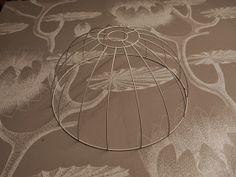 LUOVAKELLARI: Tyhjistä vessapaperirullista lampunvarjostin Wall, Diy, Bricolage, Diys, Handyman Projects, Do It Yourself, Crafting