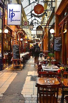 Katettu Pariisi - Pariisin vanhat kauppakäytävät