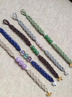 Cute Macrame Rings, Macrame Jewelry, Macrame Bracelets, Bead Jewelry, Friendship Bracelet Patterns, Friendship Bracelets, Marc Marquez, Hanging Decorations, Micro Macrame