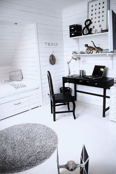 Zdjęcie nr 32 w galerii House of Philia – Deccoria. House Of Philia, Teenage Room, Looks Chic, Home And Deco, Kid Beds, New Room, Home Decor Inspiration, Kids Bedroom, Bedroom Desk