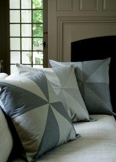 Corinne's Thread: Big Pinwheel Pillows
