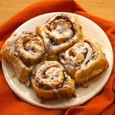 Cream Cheese Cinnamon Rolls, filled with pecans, walnuts, raisins and maple syrup. Make ahead and bake the next morning. Perfect for the holidays and for your next brunch!