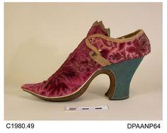oldrags:  Shoes, ca 1700-20, Hampshire City Council museum