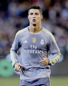 Cristiano Ronaldo - Real Madrid CR7 gray shirt
