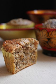 Muffins végétaliens aux graines de pavot et pommes, au tofu soyeux Köstliche Desserts, Healthy Desserts, Raw Food Recipes, Sweet Recipes, Delicious Desserts, Yummy Food, Healthy Muffins, Vegan Vegetarian, Vegetarian