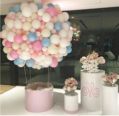 So much prettiness We absolutely loved creating this concept for a precious girl - Mia's birthday. This beautiful hot air balloon became a photo booth for the kids :) - Planning/styling concept balloons Balloon Garland, Balloon Decorations, Birthday Party Decorations, Baby Shower Decorations, Birthday Parties, Balloon Wall, Balloon Party, Baby Shower Balloons, Birthday Balloons