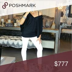 💋HOST PICK💋SNOW WHITE pants NWOT New with tags   Sassy white pants and must have in every girls closet! Material has a nice texture to it Limited quantities, S&M available  Zip up and hook closure in front 65%rayon30%acrylic5%spandex  💖Shop with confidence 💖 🎊🎉Suggested User 🎊🎉 💌📮Same day shipping 📮 💌  5 star 🌟 🌟 🌟 🌟 🌟 rated closet Pants